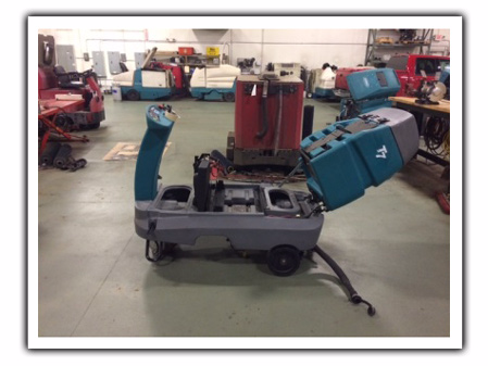 tennant t7 floor scrubber with rebuilt scrub heads & drive units